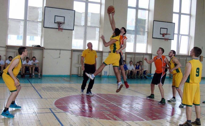Баскетбольная студенческая команда ДонНТУ Красноармейска триумфально выступила на соревнованиях в Краматорске, фото-1