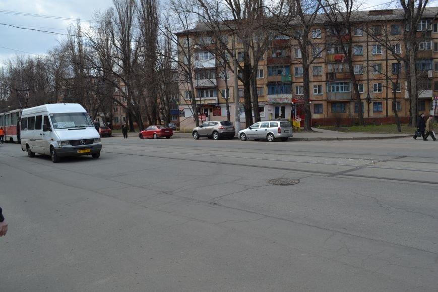 В Кривом Роге из-за ДТП на улице Косиора было остановлено движение трамваев (ФОТО), фото-11