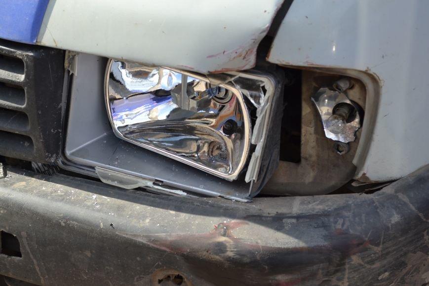 В Кривом Роге из-за ДТП на улице Косиора было остановлено движение трамваев (ФОТО), фото-10