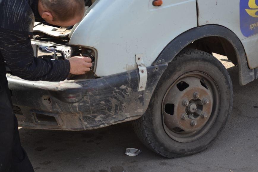 В Кривом Роге из-за ДТП на улице Косиора было остановлено движение трамваев (ФОТО), фото-13