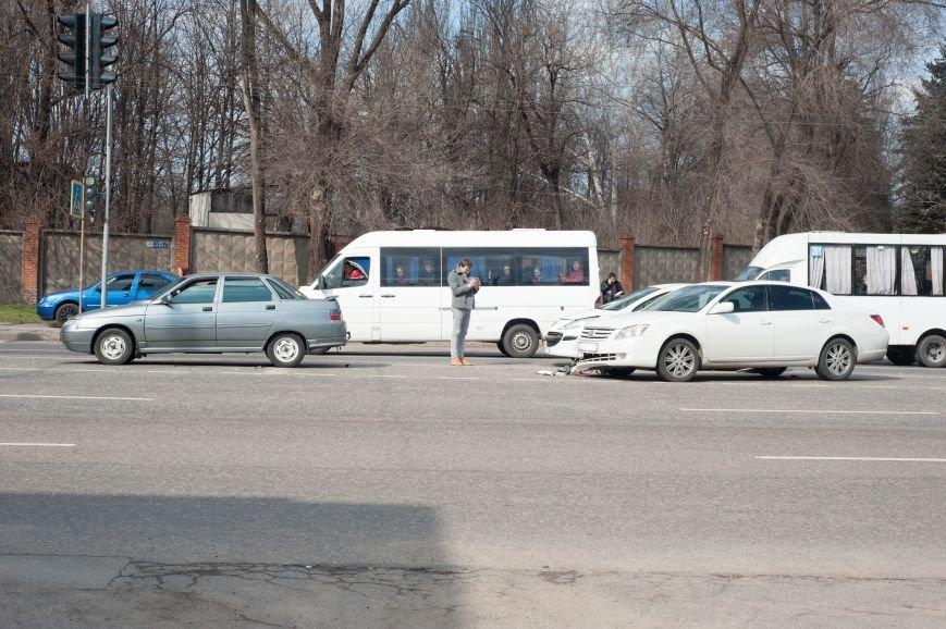 "В Кривом Роге ""Toyota Avalon"" догнала три стоявших на светофоре автомобиля (ФОТО), фото-20"