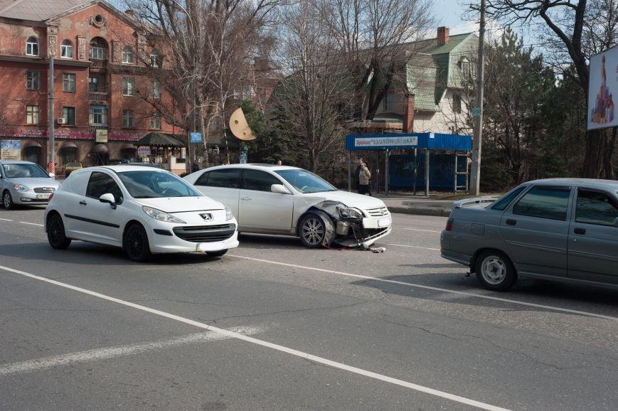 "В Кривом Роге ""Toyota Avalon"" догнала три стоявших на светофоре автомобиля (ФОТО), фото-21"