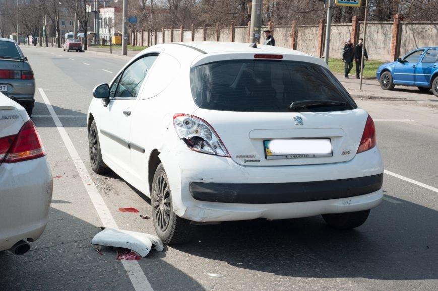 "В Кривом Роге ""Toyota Avalon"" догнала три стоявших на светофоре автомобиля (ФОТО), фото-4"