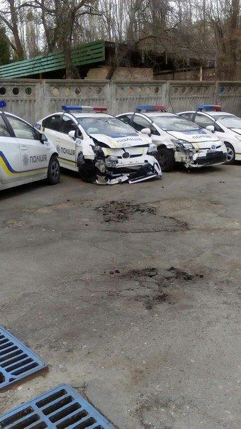 Сколько полицейских авто разбили в Днепропетровске (фото) - фото 1