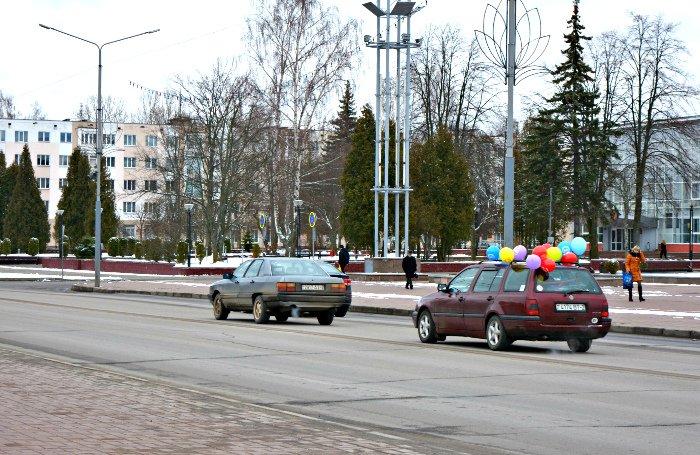Дети, старики и голуби. Как Новополоцк встретил астрономическую весну, фото-23