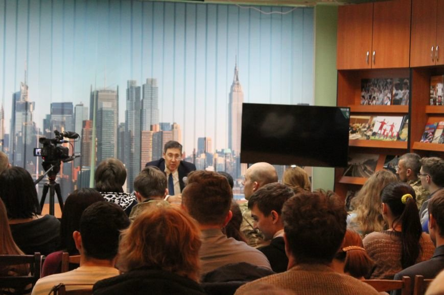 Славянск посетил американский дипломат, фото-1
