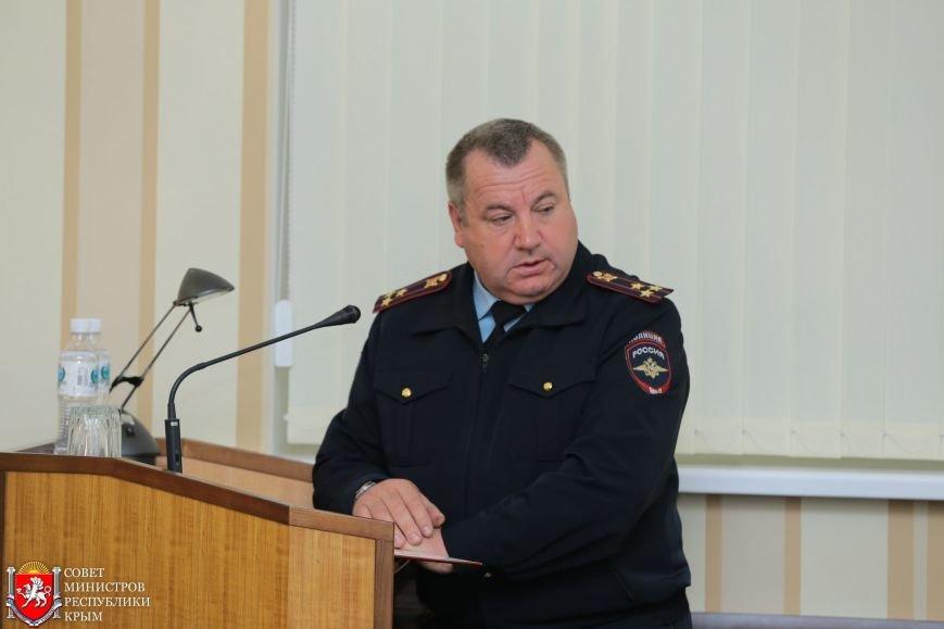 МРЭО Крыма более чем в 4 раза увеличило количество перерегистраций автомобилей в неделю (ФОТО), фото-2