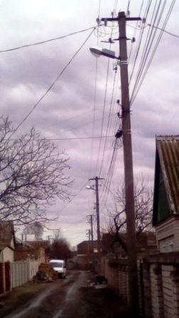 В Антоновке за последние месяцы восстановлено освещение на 17-ти улицах (фото) (фото) - фото 1