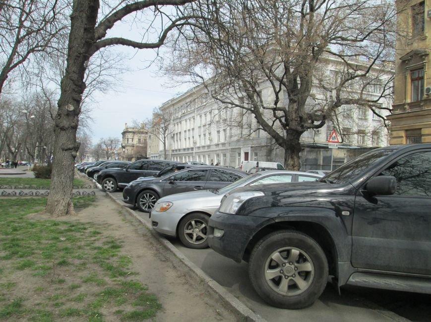 1af3a7ea473db52da855ce0d406cf61e Одесские автохамы блокируют Александровский проспект