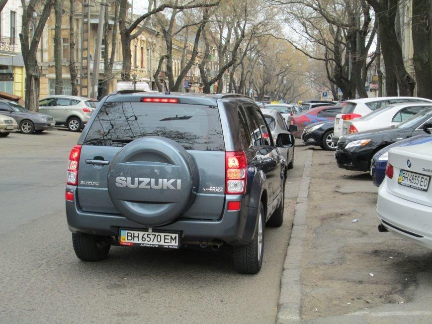 3d7dc7bc09cae0a33be282461bf9f4ed Одесские автохамы блокируют Александровский проспект