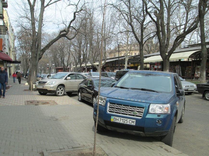 ec8ae470a883d1aa3474195a591930c4 Одесские автохамы блокируют Александровский проспект