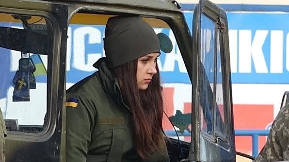 На проспекте Строителей в Мариуполе военные попали в ДТП (Фотофакт), фото-5