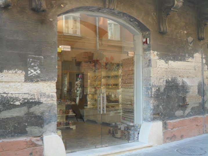 Львів'яни скаржаться на скляні двері, які встановили на вулиці Вірменській (ФОТО), фото-3