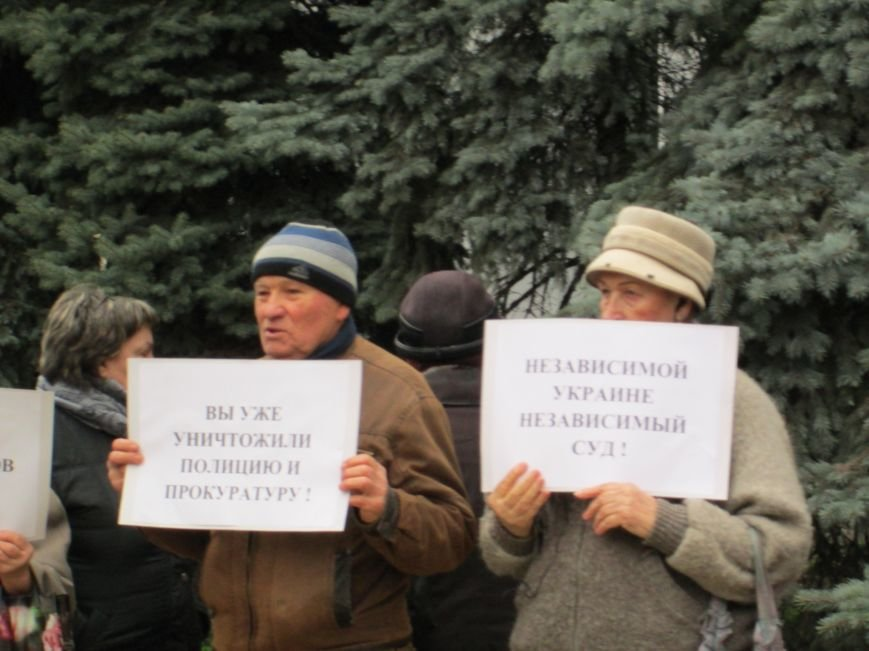d84bbdc44e2b70f78ae5c8a33889ff64 Одесские сепаратисты неожиданно вступились за судей