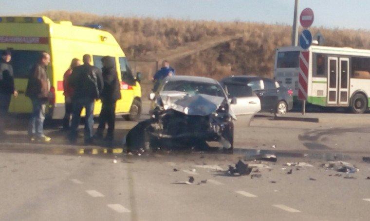 Две серьезные автомобильные аварии произошли в Пушкинском районе (фото) - фото 3