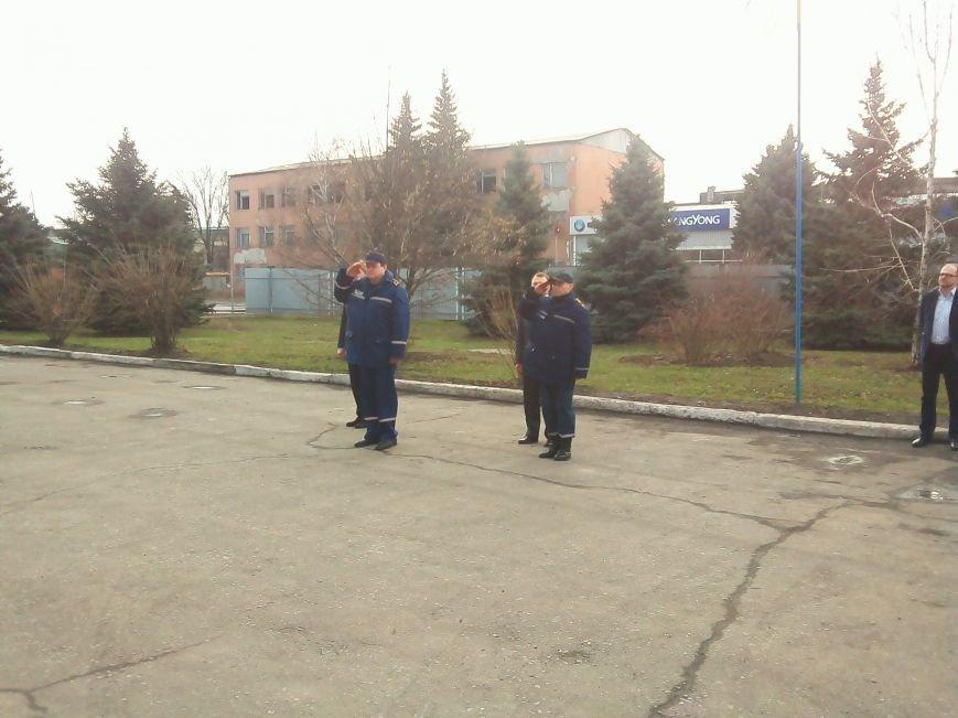 В Красноармейске (Покровске) появилось пожарное авто нового поколения, фото-1