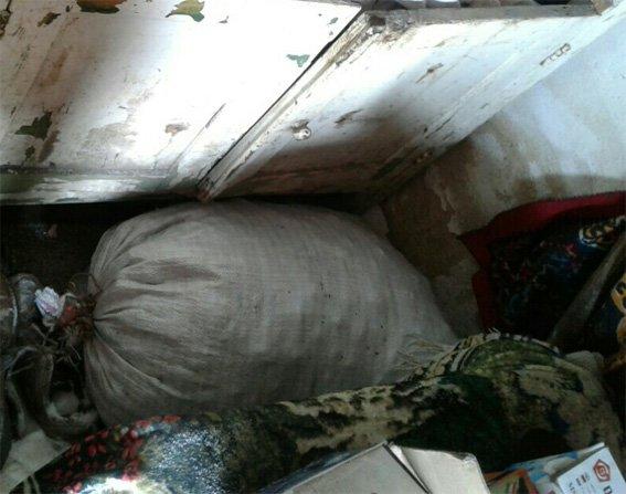 У Кіровограді працівники поліції затримали групу осіб, які скоювали напади на пенсіонерів. ФОТО (фото) - фото 1