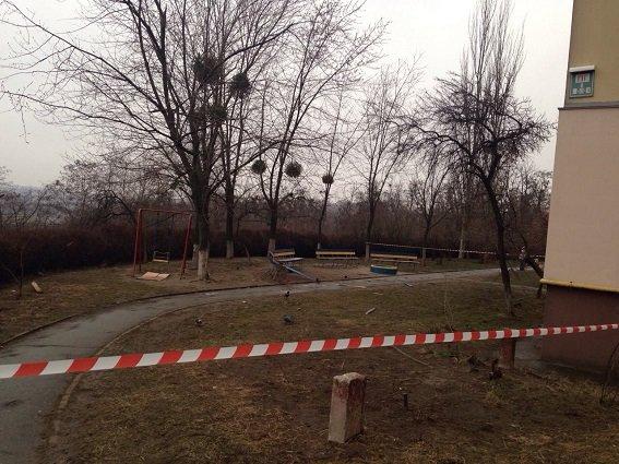 Полиция расследует обстоятельства взрыва в Кадетском гае (ФОТО) (фото) - фото 3