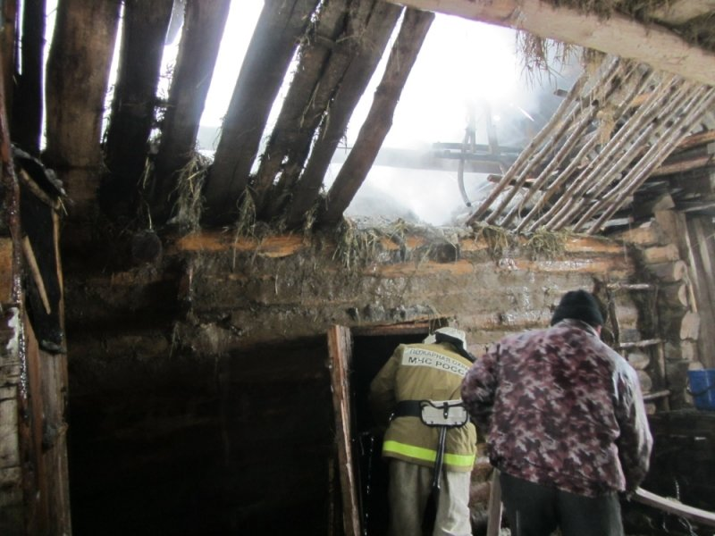 На ул. Бобровка в селе Комаровка сгорела баня, фото-2