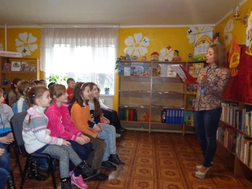 В детской центральной библиотеке имени А. П. Гайдара в Красноармейске задорно и весело прошел Праздник Книги (фото) - фото 7