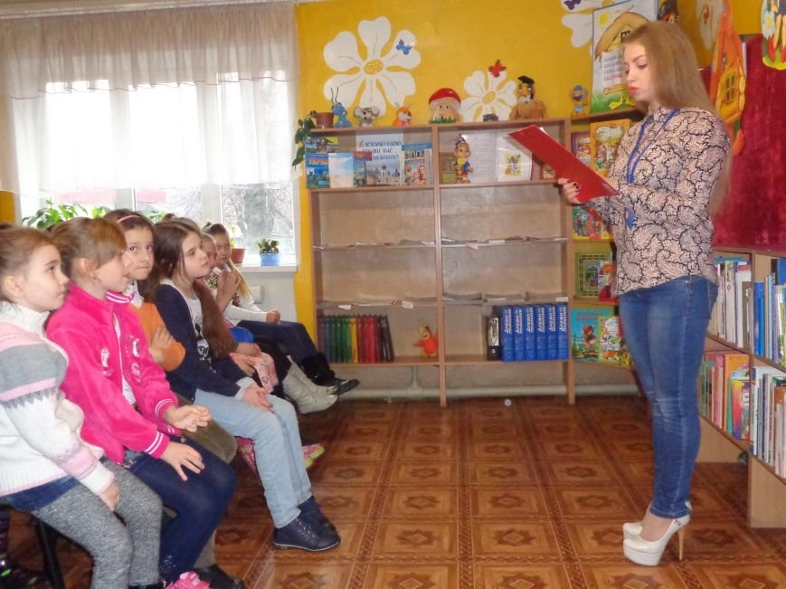 В детской центральной библиотеке имени А. П. Гайдара в Красноармейске задорно и весело прошел Праздник Книги (фото) - фото 6