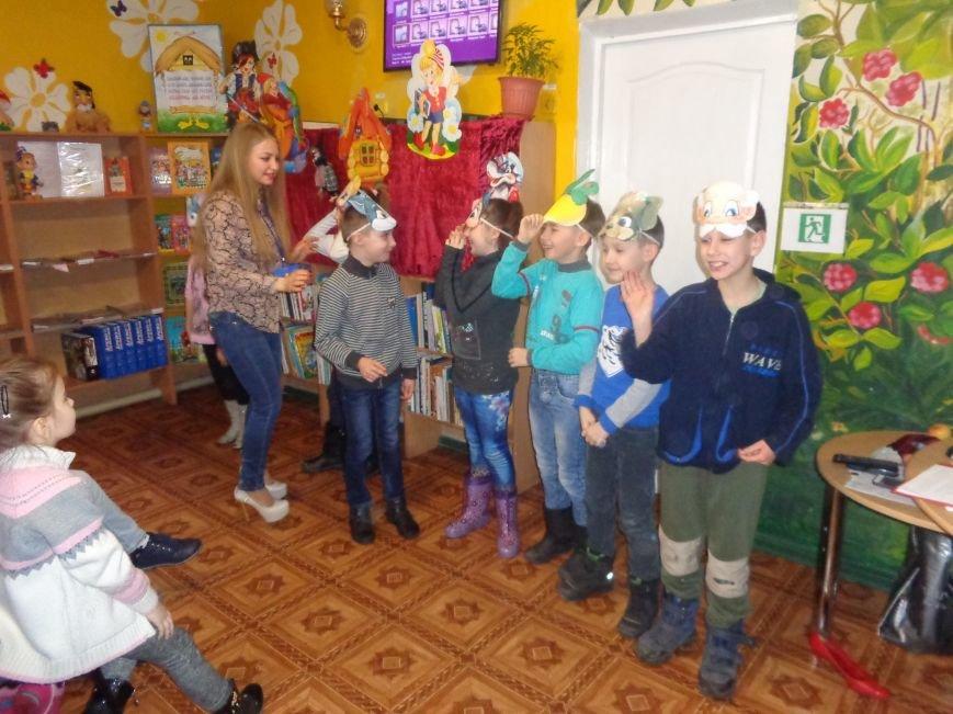 В детской центральной библиотеке имени А. П. Гайдара в Красноармейске задорно и весело прошел Праздник Книги (фото) - фото 15