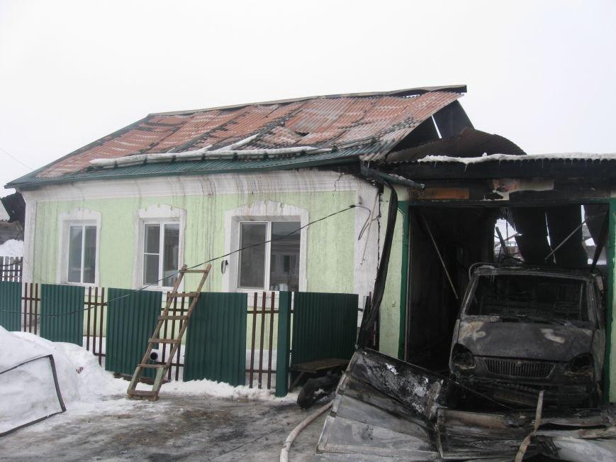 В Северском сгорели два дома (фото), фото-1