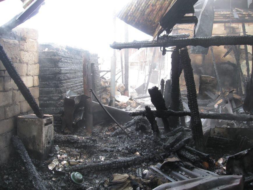 В Северском сгорели два дома (фото), фото-3