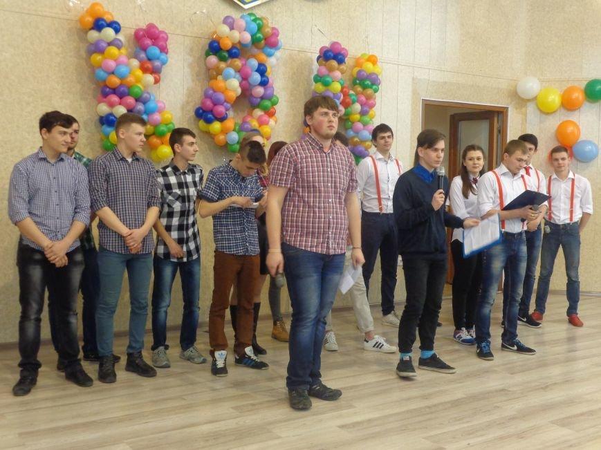 В Красноармейске прошел масштабный финал студенческой Лиги КВН (фото) - фото 9