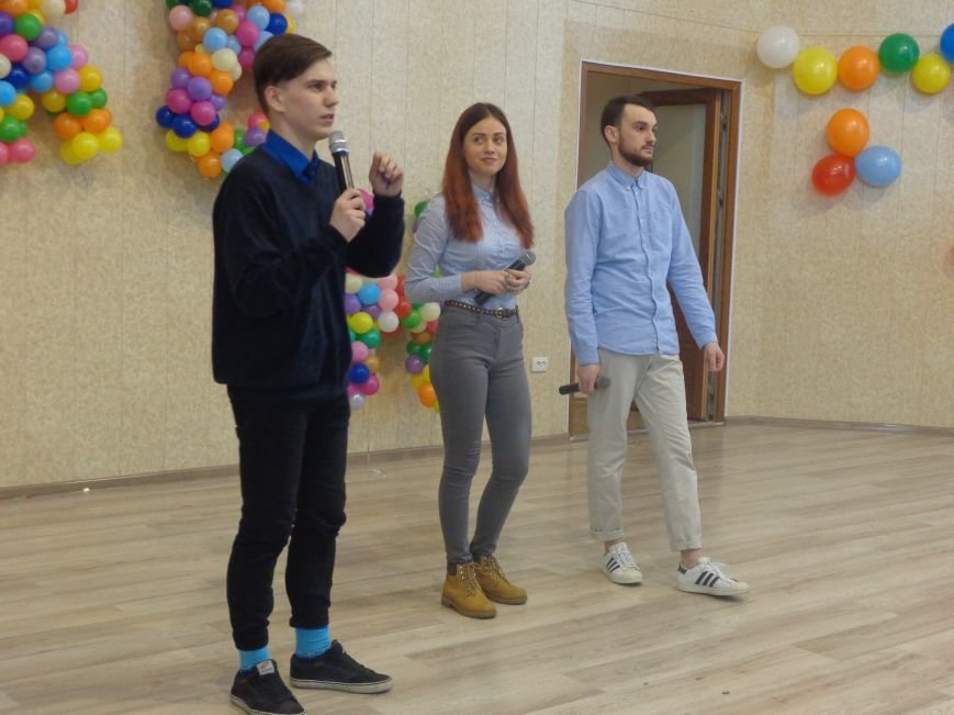 В Красноармейске прошел масштабный финал студенческой Лиги КВН (фото) - фото 16