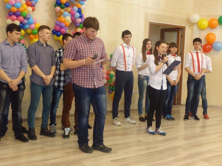 В Красноармейске прошел масштабный финал студенческой Лиги КВН (фото) - фото 10
