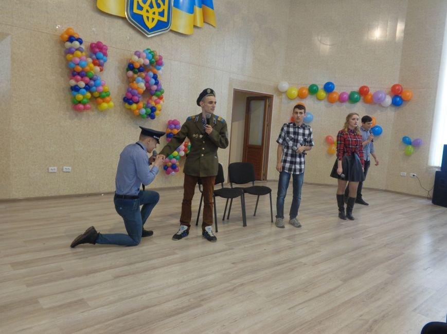 В Красноармейске прошел масштабный финал студенческой Лиги КВН (фото) - фото 17