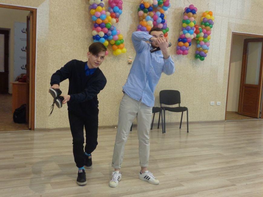 В Красноармейске прошел масштабный финал студенческой Лиги КВН (фото) - фото 4