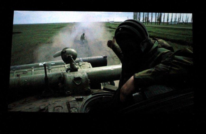 dcd0a46da9b334f82041d90bfc14da5c На премьере фильма «Крим: як це було» плакали одесситы и военные моряки