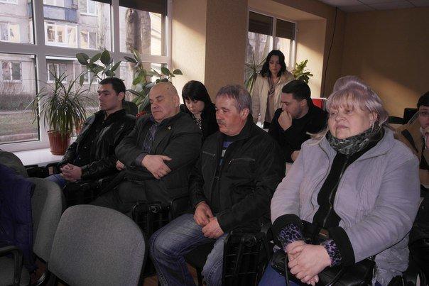 В Димитрове (Мирнограде) обсудили инструменты влияния на местную власть, , вопреки возражениям самих властей (фото) - фото 9