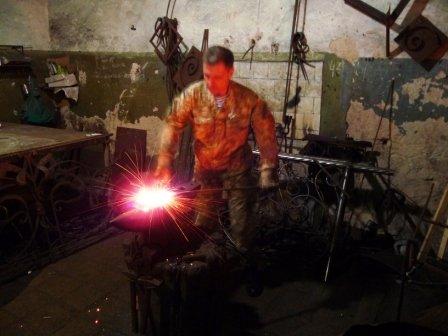В Херсоне началось изготовление памятника погибшим на Донбассе херсонцам  (фото) (фото) - фото 4
