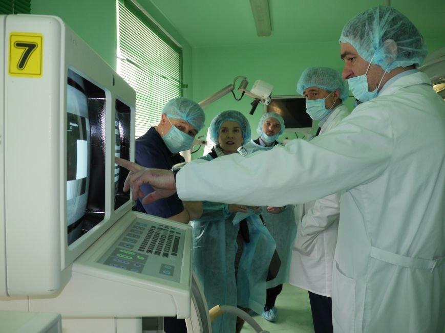 Тернопільська обласна лікарня завдяки «МРІЇ» отримала третій гуманітарний вантаж (ФОТО) (фото) - фото 1