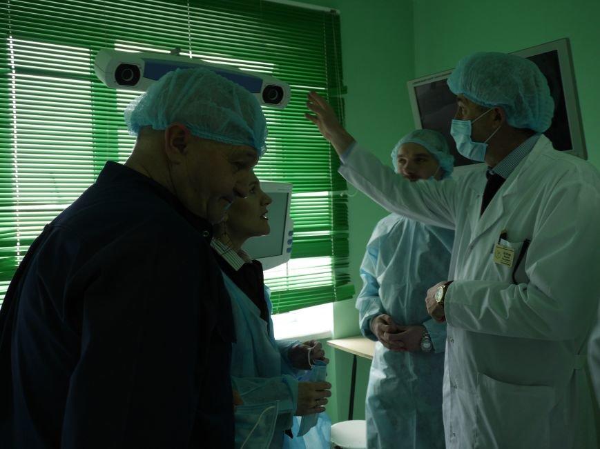 Тернопільська обласна лікарня завдяки «МРІЇ» отримала третій гуманітарний вантаж (ФОТО) (фото) - фото 3