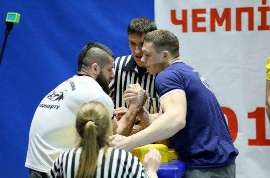 Кременчужанин стал серебряным призером Чемпионата Украины по армсторту (фото) - фото 3