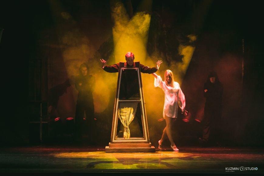 Несколько тонн иллюзионной аппаратуры, декораций и спецэффекты: В Новополоцке выступит участник телепроекта «Удиви меня!» на ТВ-3, фото-3