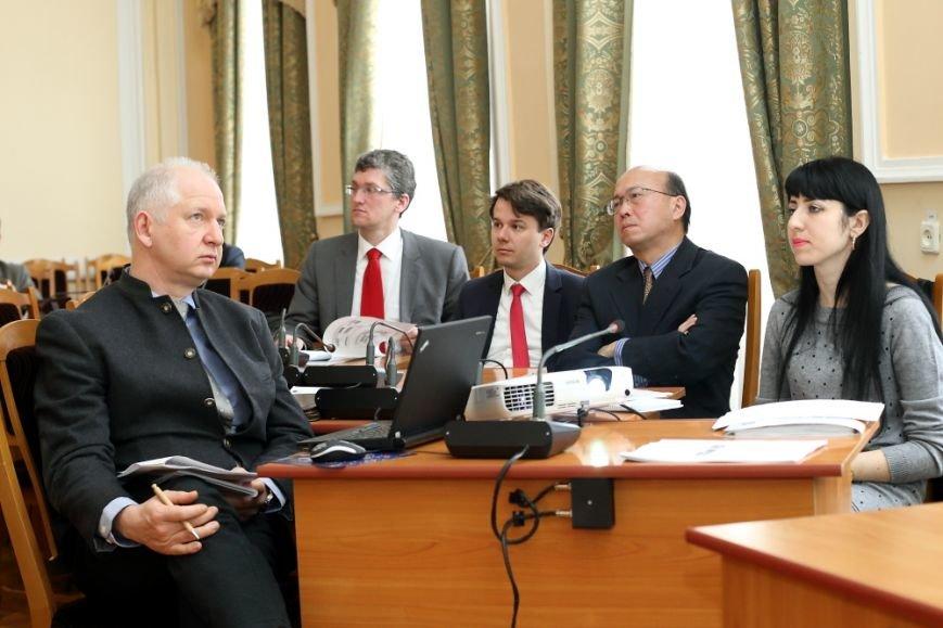 В Тернополі з офіційним робочим візитом перебувають фахівці центрального офісу Світового Банку із Вашингтону, фото-1