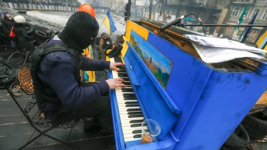 Сьогодні у Кіровограді виступить піаніст-екстреміст (ФОТО) (фото) - фото 1