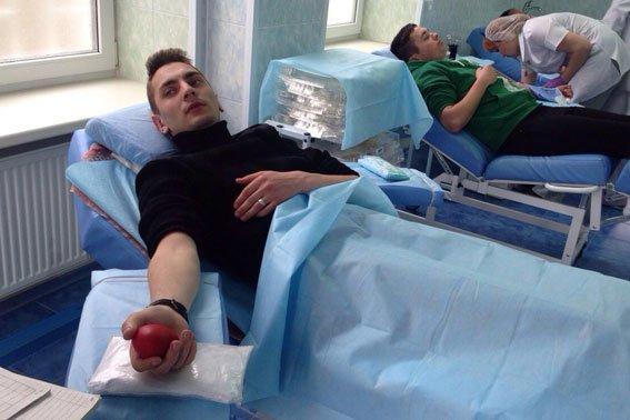 Патрульный спасает своей кровью жизнь полтавчанам (ФОТО) (фото) - фото 3
