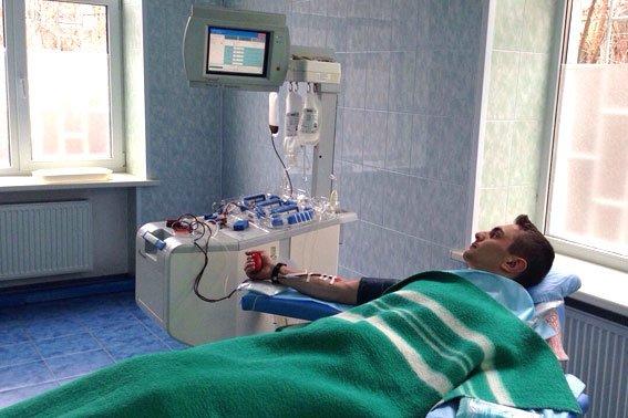 Патрульный спасает своей кровью жизнь полтавчанам (ФОТО) (фото) - фото 2