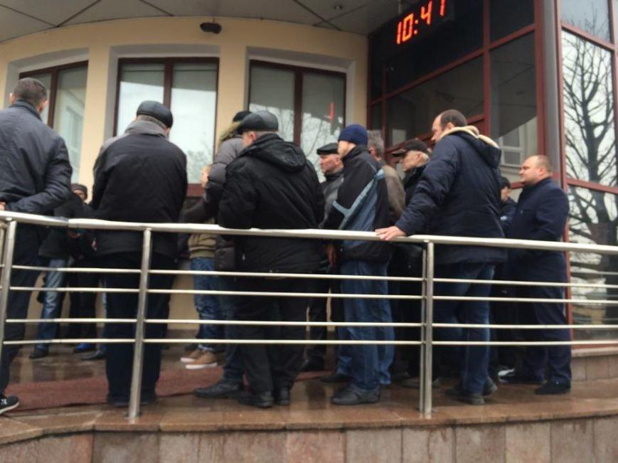 Члены независимого профсоюза в Мариуполе требуют убрать начальника порта (ФОТО+ВИДЕО), фото-3