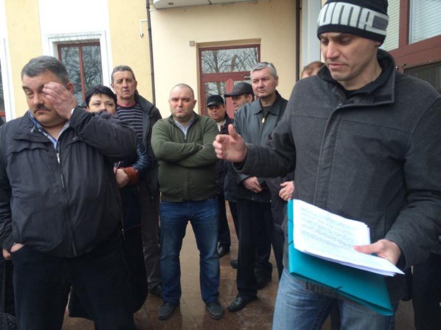Члены независимого профсоюза в Мариуполе требуют убрать начальника порта (ФОТО+ВИДЕО), фото-6