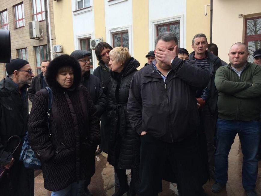Члены независимого профсоюза в Мариуполе требуют убрать начальника порта (ФОТО+ВИДЕО), фото-2