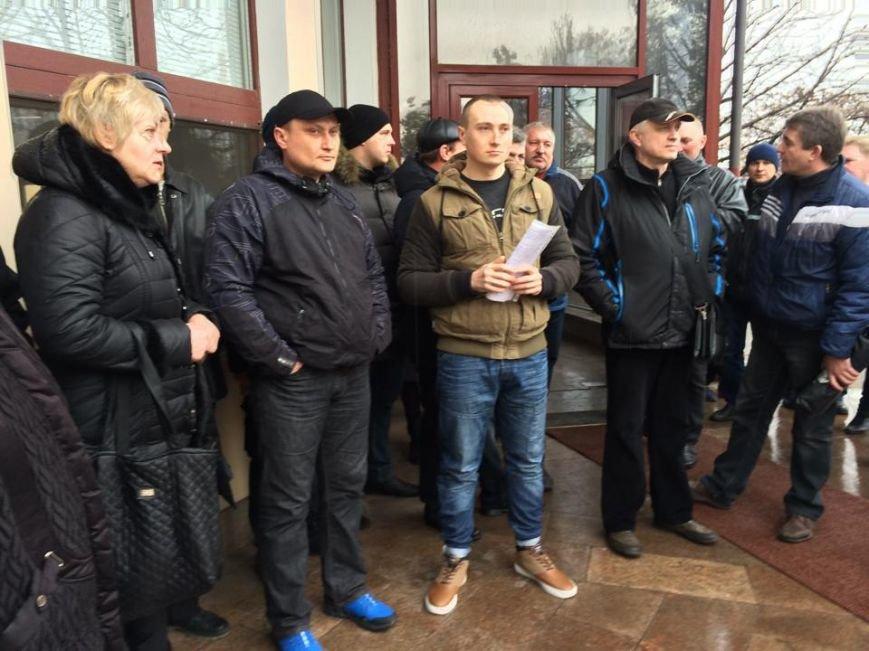 Члены независимого профсоюза в Мариуполе требуют убрать начальника порта (ФОТО+ВИДЕО), фото-5
