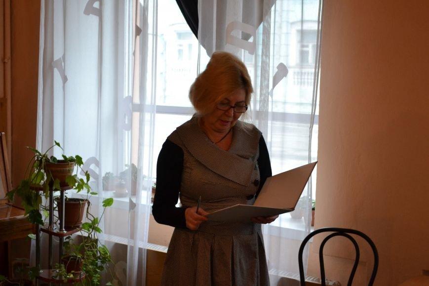 Днепропетровский поэт Владислав Малицкий представил в Днепродзержинске свою дебютную книгу, фото-1