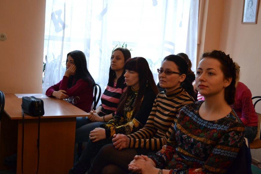 Днепропетровский поэт Владислав Малицкий представил в Днепродзержинске свою дебютную книгу, фото-6